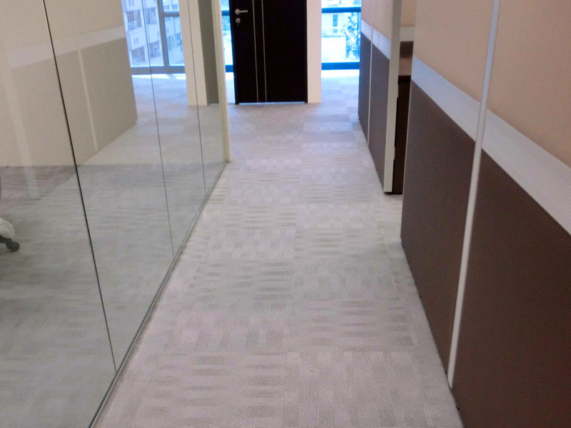 16_Wendy's-office-renovation-with-carpet