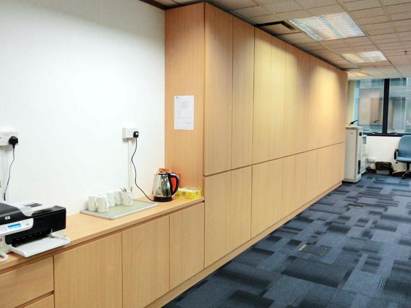 1_Cabinet