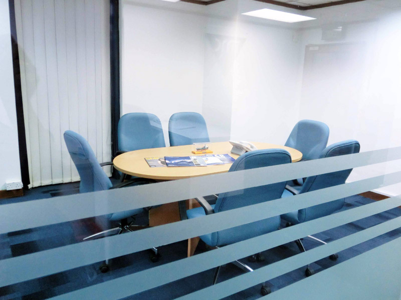 4_meeting-room_2